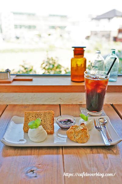 chapot cafe◇紅茶のシフォン、スコーンと氷のブレンド