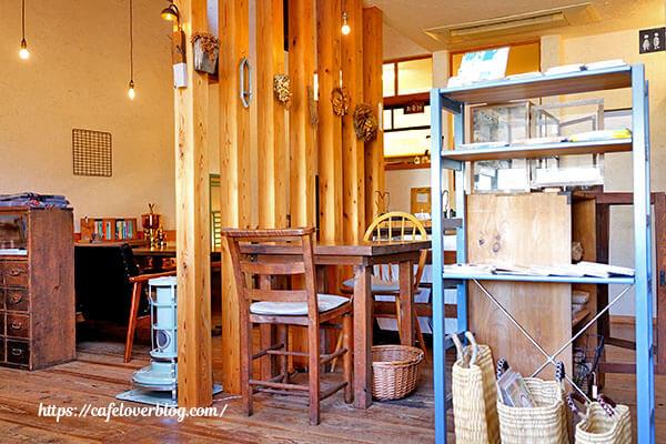 chapot cafe◇店内