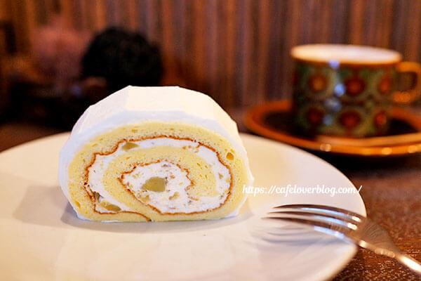 喫茶 青政◇栗のロールケーキとココア