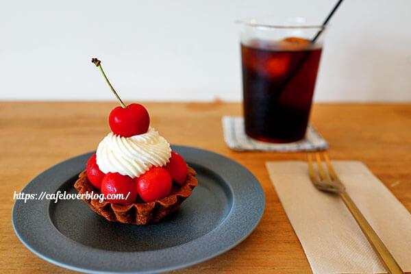 yoffe+◇さくらんぼのタルトと水出しアイスコーヒー