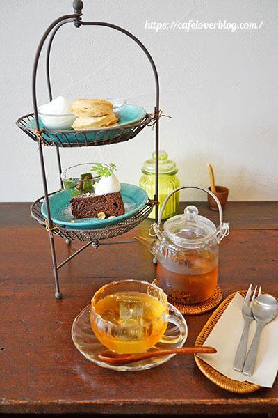 お茶とおやつ 和茶◇ミニアフターヌーン・ティー・シェルフとアイスティー