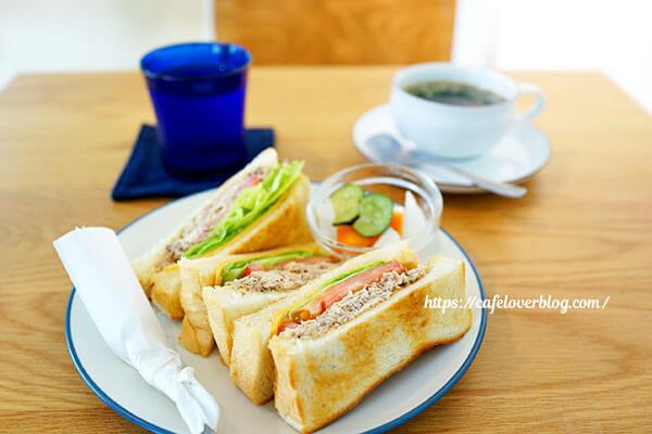 cafe&roaster Strange Fruit◇鯖サンドセット