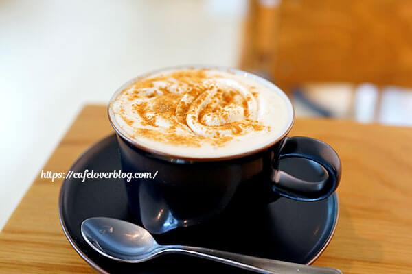 cafe&roaster Strange Fruit◇ウインナーコーヒー
