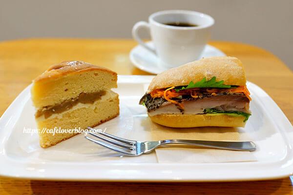 Cafe D+◇ヴィクトリアケーキ マロンクリーム / サバサンド(ハーフ)