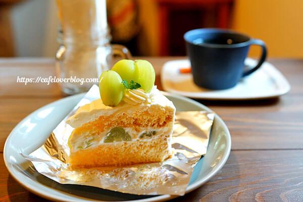 いとをかし◇シャインマスカットショートケーキ / コーヒー