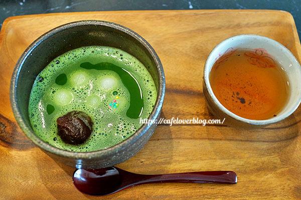 日本茶カフェ あさつゆ◇抹茶しるこ(ほうじ茶つき)