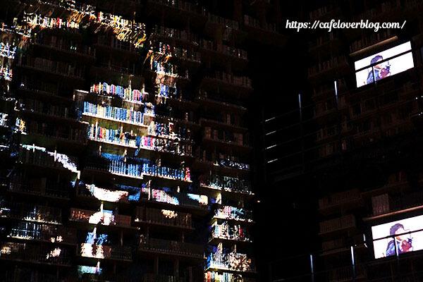 ところざわサクラタウン◇角川武蔵野ミュージアム(本棚劇場)