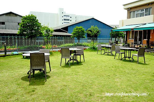 Liliy's cafe◇すずのき病院中庭